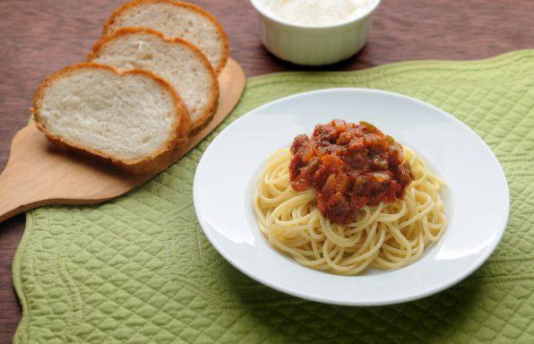 Spaghetti-Classic-Italian-Sauce-HR-596x384 Recipes